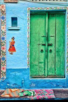 İndia