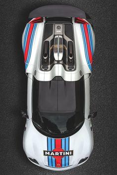 Conoce el Porsche 918 Spyder Weissach Martini