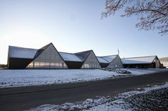 Vejlskovgaard Stable / LUMO Architects, amazing contemporary barn! Love it