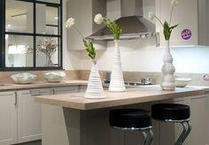 Leefkeuken met houten keukenblad
