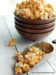Toasted Coconut Caramel Popcorn is an easy no-bake recipe that will blow you away! The toasted coconut is heavenly, and the non-sticky caramel is the best! Flavored Popcorn, Popcorn Recipes, Snack Recipes, Dessert Recipes, Cooking Recipes, Yummy Snacks, Delicious Desserts, Healthy Snacks, Yummy Food
