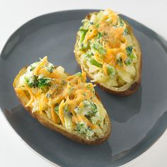 All you need is four ingredients for this quick and simple Broccoli & Cheddar Baked Potato!