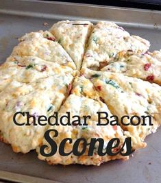Cheddar Bacon Scones Saving You Dinero - Easy Paleo Recipes Brunch Recipes, Breakfast Recipes, Scone Recipes, Breakfast Pastries, Bread Recipes, Savory Scones, Biscuits, Tapas, Snacks