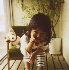 I should have been this precious! But my mom chopped all my hair off. REPIN: a little asian girl always puts a smile on my face