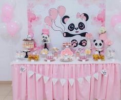 Fiesta Panda Themed Party, Panda Birthday Party, Panda Party, Girl Birthday, Birthday Parties, Gender Reveal Party Decorations, Diy Birthday Decorations, Panda Baby Showers, Baby Shower Winter
