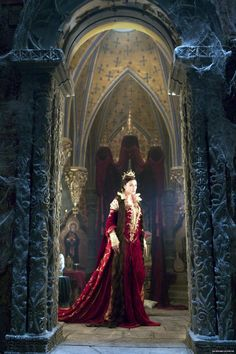 """Monica Bellucci as the Mirror Queen in """"The Brothers Grimm."""""""