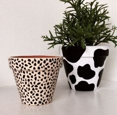 Diy Home Crafts, Clay Crafts, Arts And Crafts, Painted Plant Pots, Painted Flower Pots, Pottery Painting, Diy Art, Diys, Creations
