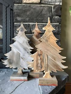 Excited to share this item from my shop: Rustic Pine T.- Excited to share this item from my shop: Rustic Pine Tree made from Barn Wood and Weathered Reclaimed Wood, Great for Table, Mantel, Shelf or Wall Hanging - Christmas Wood Crafts, Wood Christmas Tree, Christmas Projects, Christmas Crafts, Christmas Decorations, Christmas Ornaments, Cubicle Decorations, Xmas, Miniature Christmas