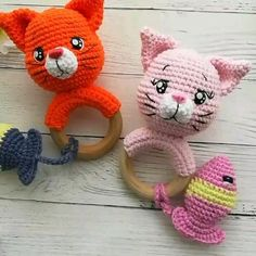 Amigurumi crochet cat rattle pattern Amigurumi crochet pattern in English cat rattle teething ring Chat Crochet, Crochet Baby Toys, Crochet Girls, Crochet Toys Patterns, Crochet Patterns Amigurumi, Amigurumi Doll, Stuffed Toys Patterns, Crochet Animals, Knitting Patterns