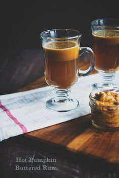 Hot Buttered Rum Cocktail gets a fall update with pumpkin spice butter! Relax, unwind and keep it simple. #AlexiaHolidays #Spon