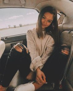 fashion teenage ideas to look cool and fashionable 60 – fabriciofashion.c… fashion teenage ideas to look cool and fashionable 60 – fabriciofashion. Fall Winter Outfits, Summer Outfits, Night Outfits, 50 Fashion, Fashion Outfits, High School Fashion, Preteen Fashion, Teen Girl Fashion, Jeans Fashion