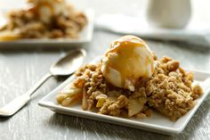 Apple Pear Crisp II Recipe Desserts with granny smith apples, pears, lemon juice, granulated sugar, light brown sugar, all-purpose flour, ground cinnamon, old-fashioned oats, all-purpose flour, ground cinnamon, light brown sugar, butter, pure vanilla extract