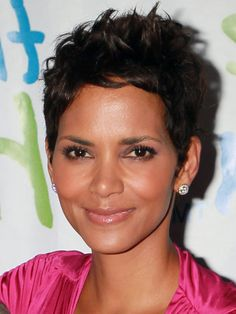 595078307e4d6 halle berry Short Hairstyles 2013 Edgy Short Hair