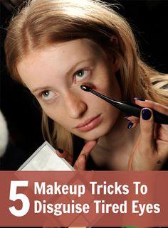 5 triků, jak zakrýt unavené oči