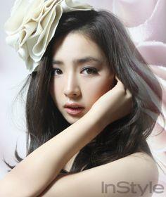 Shin Se Kyung InStyle Korea Magazine February 2010