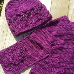 Check out this item in my Etsy shop https://www.etsy.com/listing/507814687/cute-crochet-owl-hat-scarf