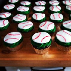 Baseball Themed Cupcakes!