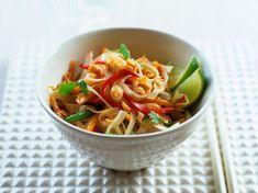 Découvrez la recette Phat Thaï sur cuisineactuelle.fr.