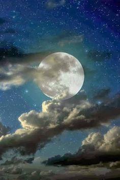 moon by ulises villanueva