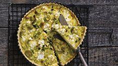 V podstatě je řecký, díky použitým surovinám. Quiche, Avocado Toast, Guacamole, Feta, Pizza, Breakfast, Ethnic Recipes, Desserts, Invite