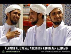 Biografi Habib Ali Zaenal Abidin  bin Abu Bakar al Hamid. silahkan di klik linknya jika ingin tahu lebih lengkapnya. http://mydailyislamic.blogspot.co.id/2016/01/biografi-al-habib-ali-zaenal-abidin-bin.html