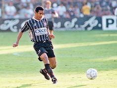 Vampeta: freguesia mineira contra Corinthians Volante foi campeão brasileiro em 98, contra o Cruzeiro, e em 99, diante do Atlético-MG