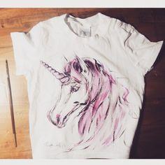 t-shirt #handpainted Collezione privata #attebasileattebasile #saleondepop #invendita #ideeregalo #unicor