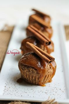 Sweet Potato Cinnamon Muffins with Sweet Potato Caramel. Just 8 ingredients for the entire recipe. Dairy-free, oil-free, gluten-free muffins with caramel. Sweet Potato Cinnamon, Sweet Potato Muffins, Vegan Sweets, Healthy Desserts, Whole Food Recipes, Dessert Recipes, Cinnamon Muffins, Cinnamon Cupcakes, Sin Gluten