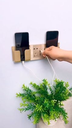 Cool Gadgets To Buy, Cool Kitchen Gadgets, New Gadgets, Amazing Life Hacks, Simple Life Hacks, Useful Life Hacks, Diy Crafts Hacks, Home Crafts, 5 Minute Crafts Videos