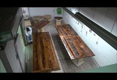 Time-Lapsed Epoxy Process on Reclaimed Wood Tables | Woodworkingguides.info