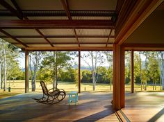 Image 35 of 35 from gallery of Hinterland House / Shaun Lockyer Architects. Photograph by Shaun Lockyer Architects Beautiful Houses Interior, Beautiful Homes, Shed Plans, House Plans, Brisbane Architects, Patio Grande, Australian Architecture, Shed Homes, Residential Interior Design