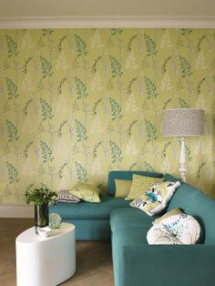 #Summer #Meadow - This finely etched botanical print provides a delicate and pretty option in the set. The design has #classic roots, but this freshly coloured interpretation has a very #contemporary feel. #goodrich #goodrichgallery #fabric