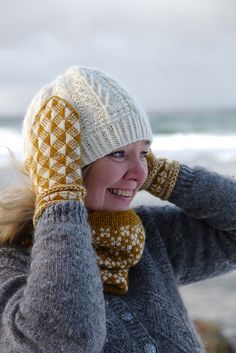 Ravelry: Shine mittens pattern by Pia Kammeborn Mittens Pattern, Fair Isle Knitting, Knitting Accessories, Yarn Needle, Mitten Gloves, Wool Yarn, Ravelry, Going Out, Knit Crochet