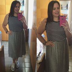 Outfit of the day... Look com tênis e saia midi porque não sou obrigada. 💅🏼😉 #ootd #look #skirt #sneakers #adidasgazelle #plussize #plussizefashion #fashion #fastfashion #lookdodia #lookoftheday #lookmeu  Créditos | roupa Renner | tênis Adidas