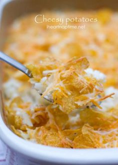 The BEST cheesy potatoes