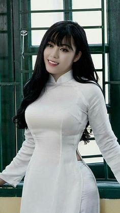 Ngực to
