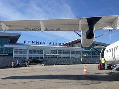 Aéroport Rennes Bretagne : vols low cost, vers l'infini et au-delà ? - http://www.unidivers.fr/aeroport-rennes-bretagne-saint-jacques-low-cost-vols/ - Rennes Métropole, Voyages