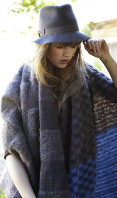 80 mejores imágenes de Una mujer con sombrero...  80a6cb22373