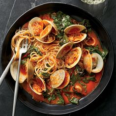 This classic briny dish of spaghetti with fresh clam sauce gets amped up with sweet roasted bell peppers and Swiss chard Wine Recipes, Seafood Recipes, Pasta Recipes, Cooking Recipes, Clam Recipes, Seafood Pasta, Healthy Recipes, Fish Dishes, Pasta Dishes