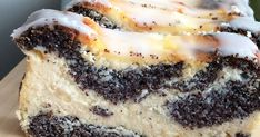 Poppy Seed Cheesecake (without base) Polish Cake Recipe, Baklava Cheesecake, Yummy Drinks, Yummy Food, Russian Desserts, Cake Recipes, Dessert Recipes, Food Crafts, Cookie Desserts