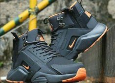 Shopping For Men's Sneakers. Looking for more info on sneakers? Then simply please click right here for additional information. Mens Sneakers To Wear With Shorts Sneakers Fashion, Fashion Shoes, Mens Fashion, Futuristic Shoes, Nike Shoes, Sneakers Nike, Cheap Sneakers, Mode Outfits, Custom Shoes