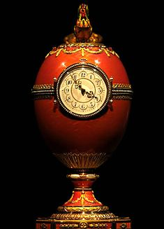 What is a Faberge egg? Russian jeweller, Fabergé, created an annual Easter egg for the Russian Imperial family between 1885 and The bejewelled eggs remain amongst the world's greatest treasures. Fabrege Eggs, Egg Art, Antique Clocks, Objet D'art, Egg Decorating, Easter Eggs, Christmas Bulbs, Gemstones, History