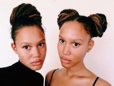 Elizabeth Lejonhjärta & Victoria Lejonhjärta, we were born and raised in Sweden/Sápmi. We have Gambian, Senegalese, Swedish and Sámi roots and were brought up in a partly Caribbean household. Afro Caribbean Hair, Female Dreads, Twin Models, Dark Skin Girls, Natural Hair Inspiration, Hair Inspo, Pretty People, Beautiful Women, Beautiful People