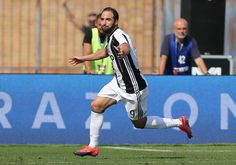 Gonzalo Higuain of Juventus FC celebrates after scoring a goal during the Serie A match between Empoli FC and Juventus FC at Stadio Carlo Castellani on October 2, 2016 in Empoli, Italy.