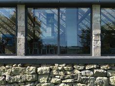 Apprentice Store / Threefold Architects
