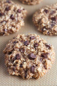 Clean-Eating Almond Joy Oatmeal Cookies