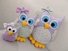 Kids Pillows, Animal Pillows, Owl Crafts, Diy And Crafts, Sewing Toys, Sewing Crafts, Crochet Projects, Sewing Projects, Owl Fabric