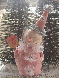 Pinkie! <~~~> (snow folk, snow people, Christmas, winter)