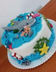 sea cake with shark