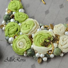 "Колье ""Весенняя зелень"" - салатовый,желтый,колье,колье с розами,колье с цветами Bead Embroidery Jewelry, Soutache Jewelry, Textile Jewelry, Fabric Jewelry, Beaded Embroidery, Beaded Jewelry, Jewellery, Brooches Handmade, Handmade Necklaces"